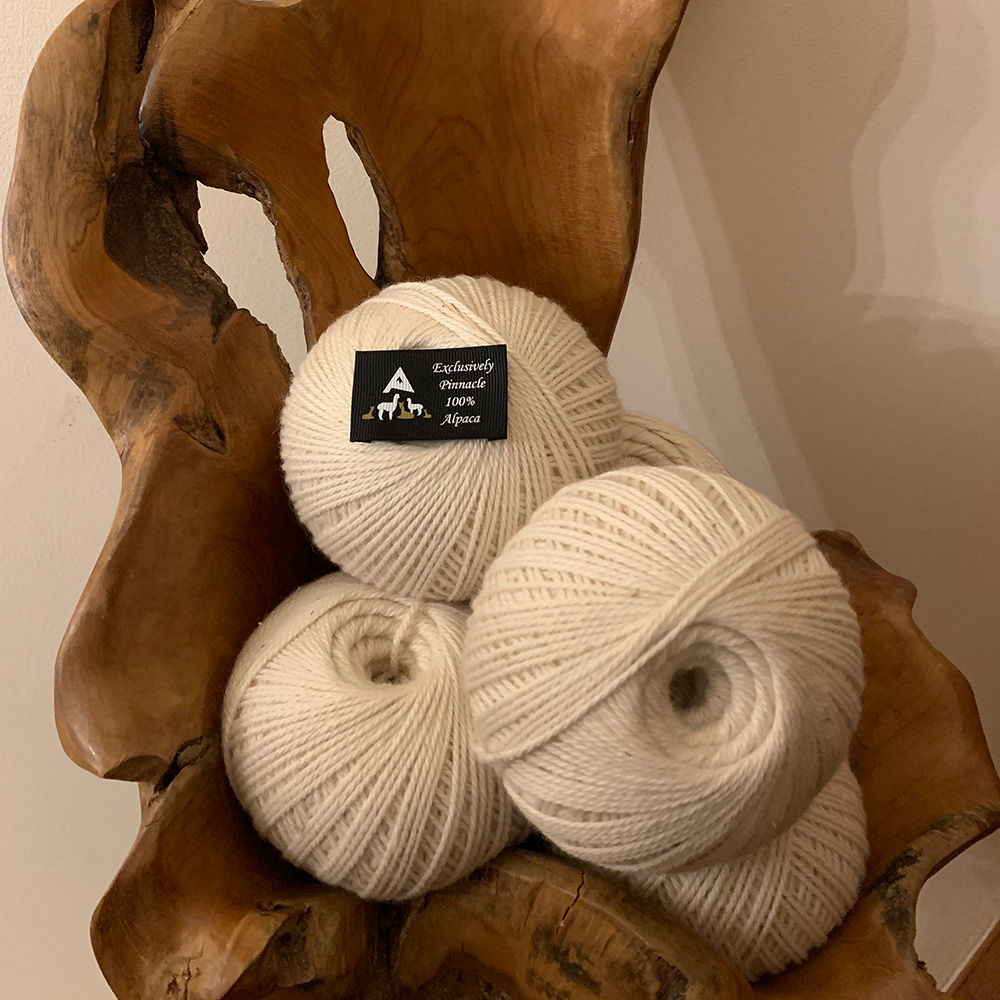 Creamy White 100% Pure Alpaca Wool